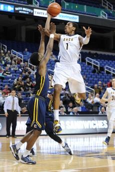 NCAA BASKETBALL:  FEB 12 ETSU at UNCG