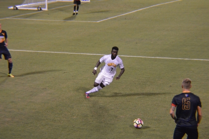 Sports_GarrisonPulley_Soccer_MorganCollins5.JPG