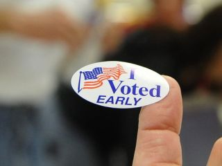 -earlyvoting3.jpg20100604.jpg