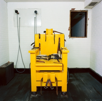 A&E%2FLucinda Devlin%2FTeresa Dale%2FLucinda Devlin, -Electric Chair, Holman Unit, Atmore, AL-, 1991, from the series -The Omega Suites-. Courtesy of the artist © Lucinda Devlin..jpg