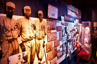 Sports_DanJohnson_NegroLeague_MissouriDivisionofTourismFlickr