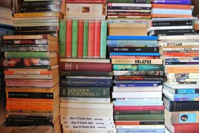 A&E, 927, 5 Cult books, Danielle Anderson, Photo Credit- Wikimedia Commons