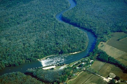 News_Sarah Purnell_Chemicals in Cape Fear River_wikimedia