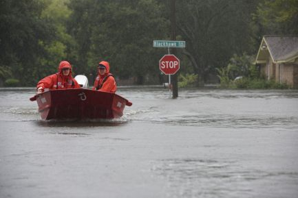 Coast Guard flood punt team responds to Hurricane Harvey