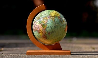 globe-2825178_1920