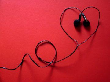 A_E, 2_14, Cheesy Love Songs, Chelsea Korynta, PC_ Pixabay