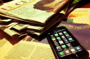 Opinions_Cellphones_Brianna Wilson_flickr user_Esther Vargas.jpg