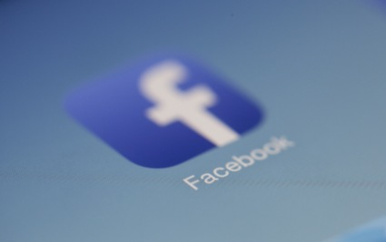 Opinions_Facebook Data _Breach__Sarah Grace Goolden_flickr user_Hamza Butt.jpg