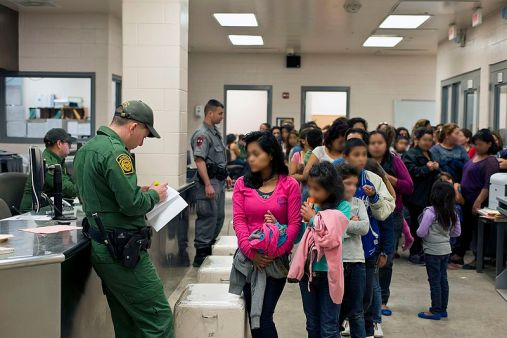 News_Tyra_Migrant Camps_U.S. Customs and Border Protection, Wikimedia Commons.jpg